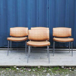 fauteuil conseil design guariche vintage retro fauteuil cuir chaises designer francais