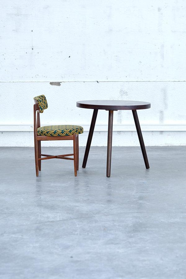 grande table tripode ronde plateau rond bois vintage deco home tendances décoration table design lyon pop up store concept store vintage store scandinave pieds compas lyon