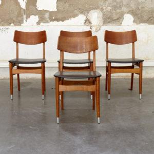 série de chaises scandinave
