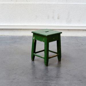 tabouret ancien vert