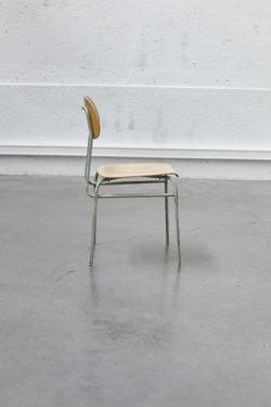 Chaise d'école pays de l'est chaise d'école vintage mobilier vintage mobilier scandinave tapiovaara chaise baumann chaise années 50 fauteuil scandinave commode pieds compas secrétaire vintage