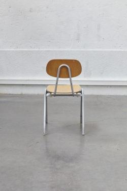 chaise d'école ensemble EMU ensemble de jardin vintage mobilier de jardin vintage EMU design table vintage chaise vintage lampadaire industriel chaise tapiovaara chaise baumann commode pieds compas mobilier scandinave fauteuil scandinave