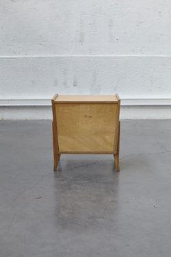 Chevet vintage pieds compas mobilier vintage mobilier scandinave mobilier industriel chaise d'école vintage lampadaire vintage