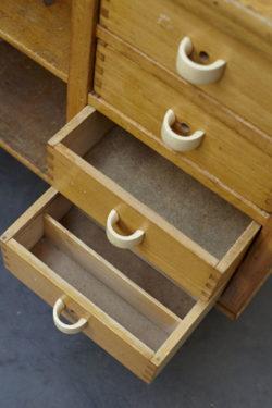mini enfilade vintage meuble bas télé mobilier vintage mobilier scandinave pieds compas décoration vintage chaise tapiovaara chevet vintage lampadaire industriel