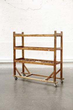 Etagère vintage meuble scandinave meuble campagne fauteuil scandinave tapiovaara bertoia lampadaire vintage mobilier pieds compas