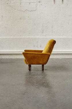 Fauteuil moutarde vintage italien mobilier scandinave