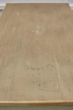 Table de ferme table vintagePorte manteau à boules porte manteau vintage , écritoire ancien enfilade vintage pieds compas commode pieds compas coiffeuse vintage tapiovaara chaise bertoia knoll lampadaire vintage bureau scandinave étagère string