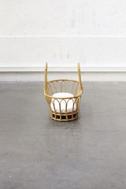 couffin rotin meuble vintage mobilier scandinave