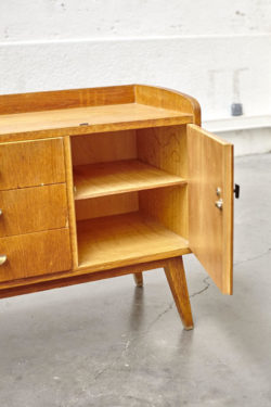 Meuble bas vintage mobilier scandinave
