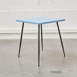 Table de bistrot bleue en formica vintage mobilier scandinave pieds compas