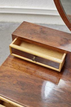 console miroir coiffeuse ancienne Chaises Ercol chaises vintage chaise mondor chaise baumann chaise tapiovaara chaise bertoia chaise guariche