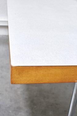 Table formica vintage mobilier pieds compas mobilier scandinave décoration moderniste
