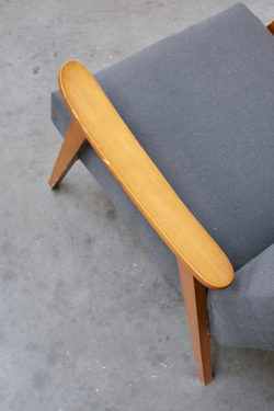 Fauteuil scandinave bois pieds compas mobilier vintage assise canapé décoration salon