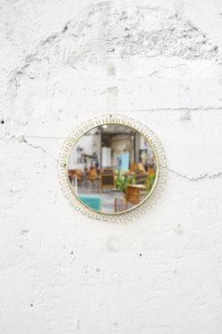 Miroir dans le gout de Josef Frank décoration vintage mobilier pieds compas design scandinave