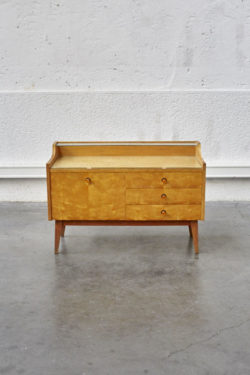Meuble vintage mobilier pieds compas meuble TV commode vintage commode scandinave chaise bertoia chaise tapiovaara