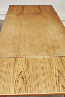 Table scandinave mobilier vintage pieds compas décoration design furniture