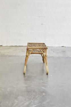 porte téléphone en rotin mobilier vintage pieds compas décoration mobilier scandinave design
