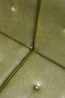 rocking chair en rotin rocking chair tapiovaara étagère vintage fauteuil scandinave lampadaire opaline lampadaire vintage fauteuil cocktail chaises scandinave chaise en rotin fauteuil corbeille banquette en rotin