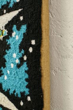 Tapisserie design décoration mobilier pieds compas vintage