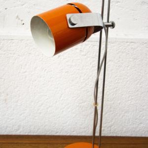 lampe métal orange poser pieds compas mobilier vintage commode enfilade meubles boutique