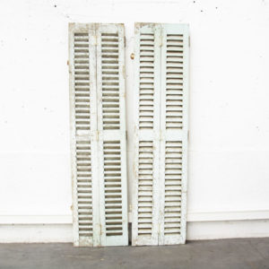 volets persiennes vintage mobilier pieds compas fauteuil scandinave enfilade midcentury design