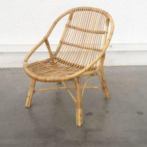 vase lampe bureau école Enfilade Table de ferme Commode vintage Chaise tapiovara chaise rotin