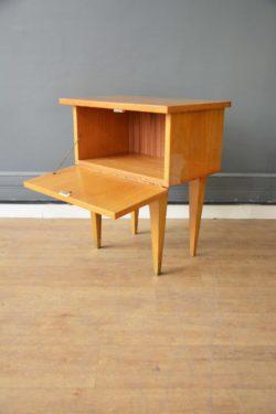 chevet vintage pieds compas mobilier scandinave midcentury décoration design brocante