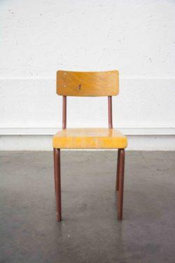 tapiovaara, fauteuil vintage, chaise vintage, chevet vintage, enfilade, table de ferme, lampadaire vintage, secrétaire vintage, armoire parisienne, établi ancien, chaise bistrot, table bistrot, fauteuil rotin, chaise en rotin, rotin
