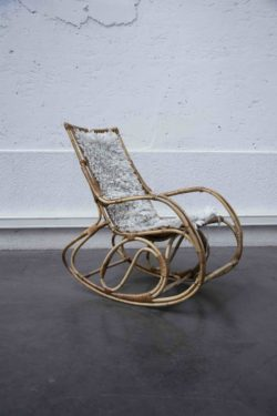 rocking chair rotin mobilier scandinave vintage Pieds Compas design brocante déco chaise d'école enfilade bureau table bistro