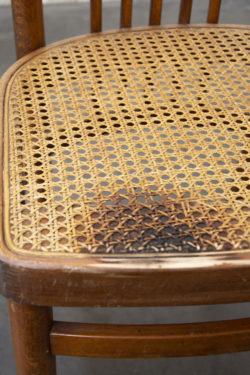 chaises cannage vintage pieds compas brocante Lyon enfilade scandinave table bistrot fauteuil rotin chaise d'école
