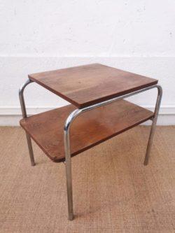 fauteuil vintage, table vintage, chaise vintage, tapiovaara, chaise bistrot, table de ferme, enfilade, lampadaire vintage, miroir ancien, rotin, fauteuil en rotin, table en rotin, commode jiroutek