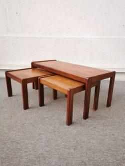 enfilade, enfilade scandinave,table vintage, fauteuil vintage, fauteuil en rotin , table de ferme, table bistrot, chaise bistrot