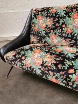 enfilade marcel gascoin, vintage, mobilier vintage, rotin, fauteuil en rotin, table de ferme, canapé vintage, table basse en rotin