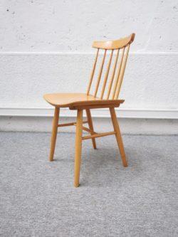 mini enfilade, enfilade vintage, meuble télé vintage, rotin , fauteuil en rotin, table basse scandinave, meuble de campagne, paravent, mobilier seconde main, Luminaire vintage, fauteuil vintage