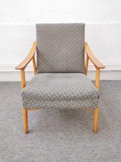 enfilade en rotin, fauteuil en rotin, chaise bistrot, table vintage, table de ferme, enfilade, fauteuil vintage, chaise vintage, chevet vintage