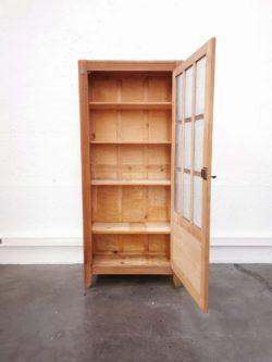 armoire vintage retro scolaire annees 50 bois vintage lyon armoire vitree bibliotheque