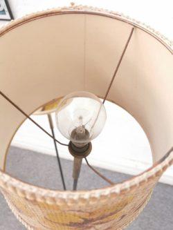 commode jiroutek, commode années 50, commode vintage,enfilade, table de ferme, fauteuil en rotin, lampadaire vintage, vaisselle ancienne, dame jeanne