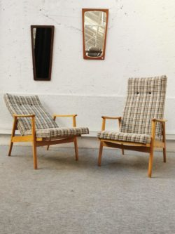fauteuil pays de l'est, fauteuil vintage, enfilade, rotin, table de ferme